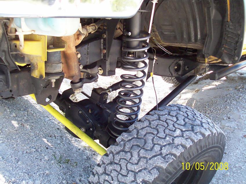 Nissan Hardbody 4x4 Front Lift