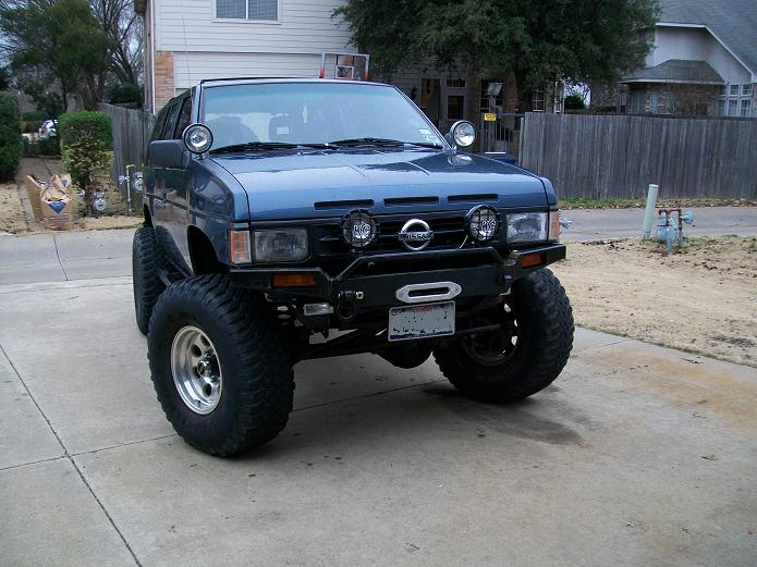 Large besides Img additionally Nissan Pathfinder Dr Suv Se Fq Oem in addition Revised Look furthermore Qt Qs. on 1994 nissan pathfinder black