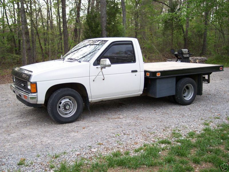 nissan nut rh nissannut com 89 Nissan Pickup 90 nissan pickup manual transmission removal